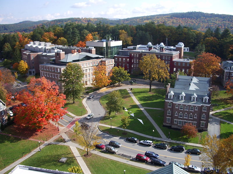 Dartmouth_College_campus.jpg - 143.58 Kb